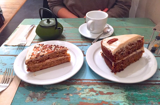 Salted caramel cake and carrot cake at Spice Cafe Barcelona