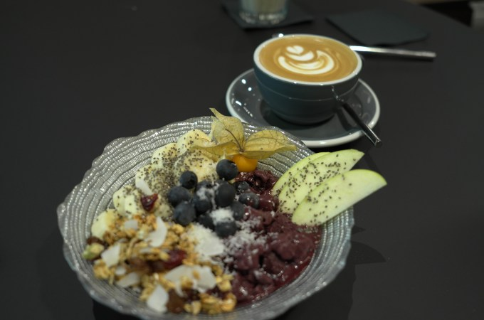 Acai bowl at Cargo Cafe Barcelona