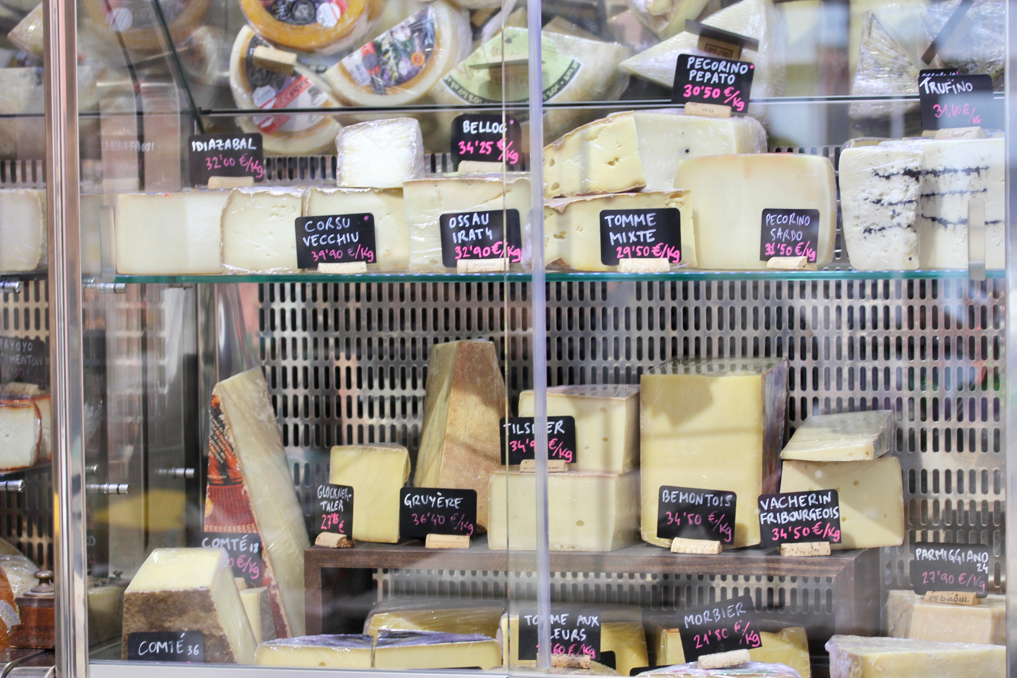 Chilled cheese at Can Luc Cheese Gràcia