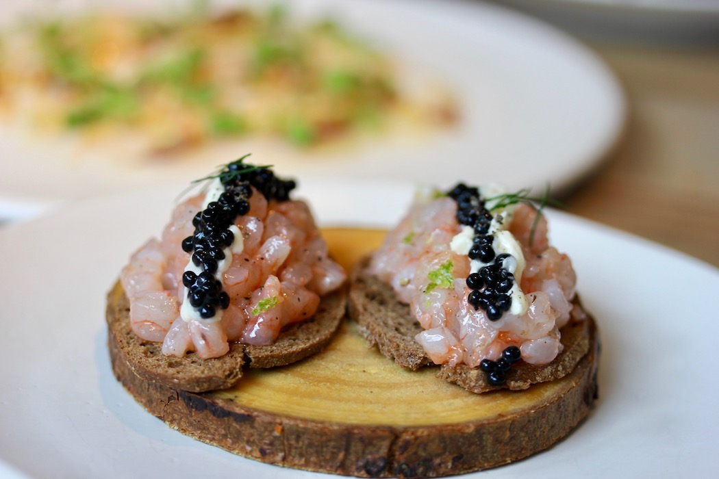 Shrimp tartar with caviar at Fismuler