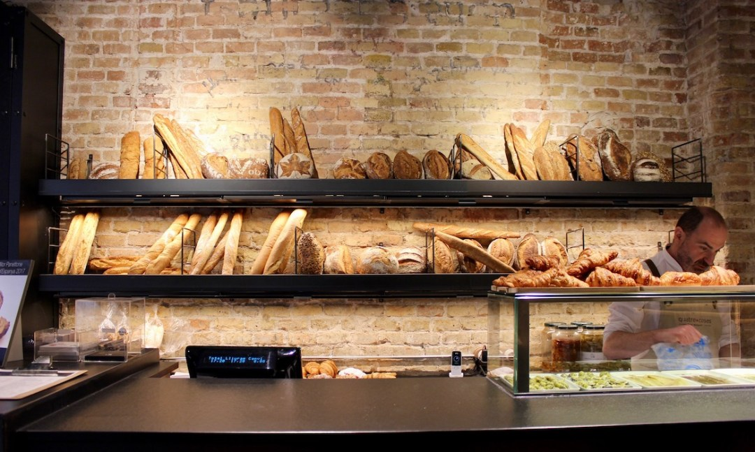 The bread selection at Quatre Coses Barcelona