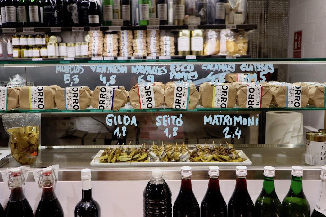 The bar at Morro Fi