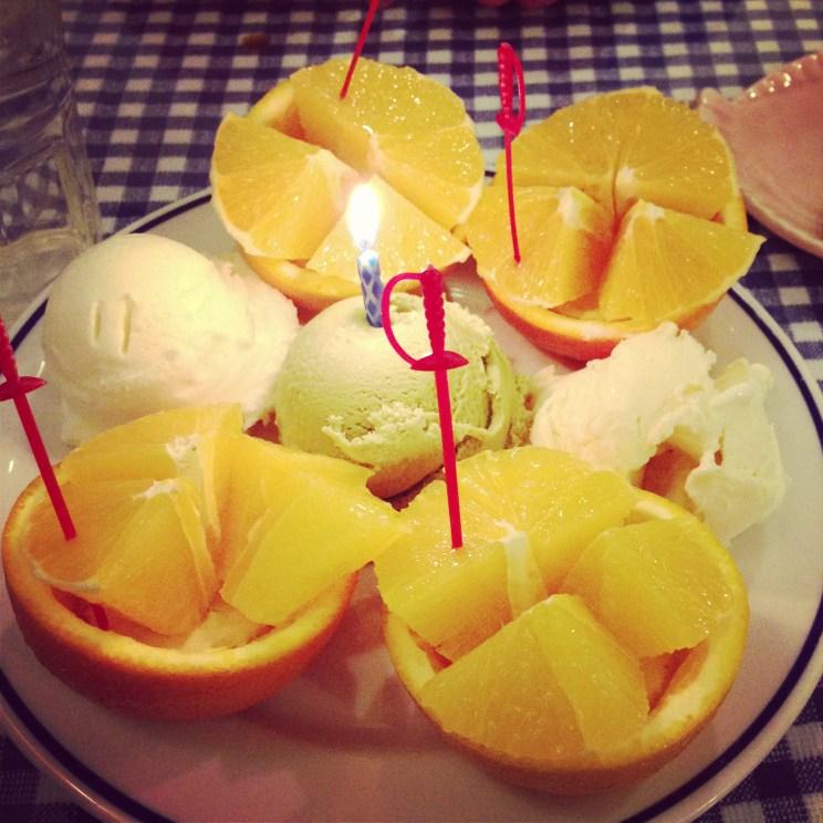 Dessert: Oranges with vanilla, ginger and green tea ice cream