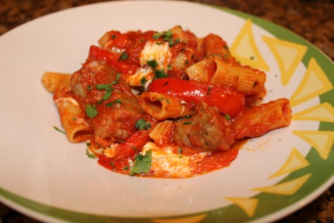 Rigatoni with sausage and peppers