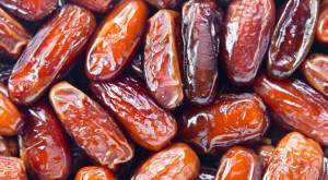 dates-a-fruit-thats-been-around-since-the-dawn-of-civilization-768x423