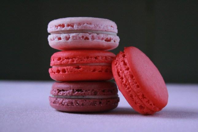 pink-macaroons-1150885_1920