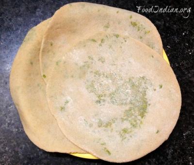 green pea paratha 8