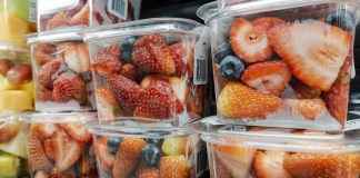 Packaged fresh fruits