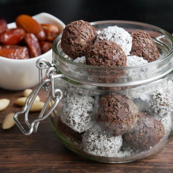 Buffalowurm-Chia Protein Balls