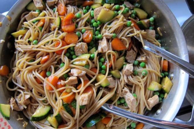 Chicken Amp Vegetable Stir Fry With Noodles Foodlets