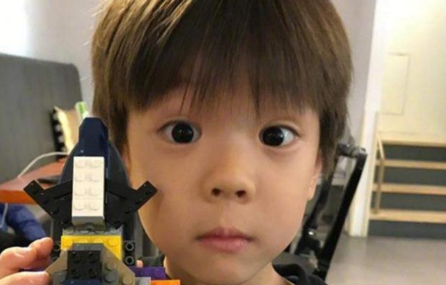嗯哼长大后越来越帥,为啥娃长大才显双眼皮有三個原因