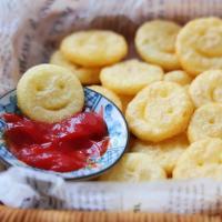 笑臉土豆,原來是這樣做的,特簡單,一口一個真好吃!