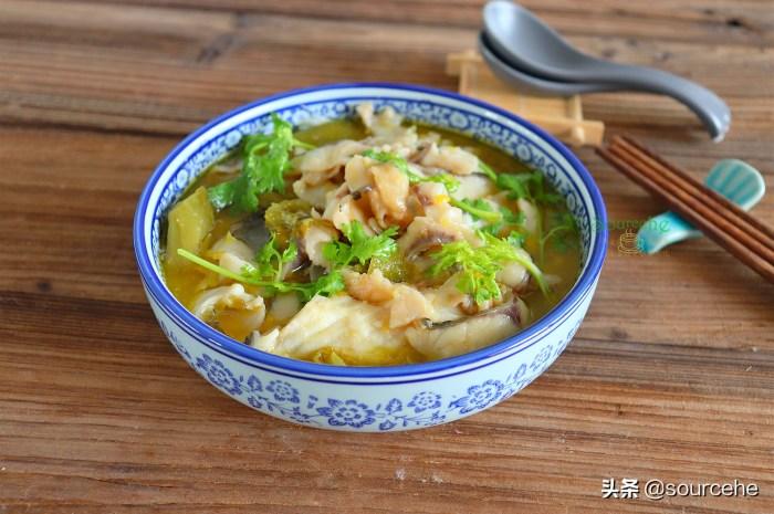 想吃酸菜鱼不用点外卖,在家做只需8分钟酸辣可口