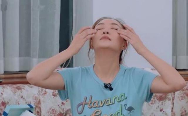 有一种痛叫产后腰痛应采儿痛到哭,谢娜则需要安眠药入睡
