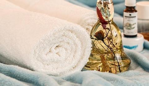 massage-therapy-1612308_640