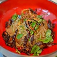 Street of Hanoi: warm and crunchy eel vermicelli (Miến Lươn Trộn)