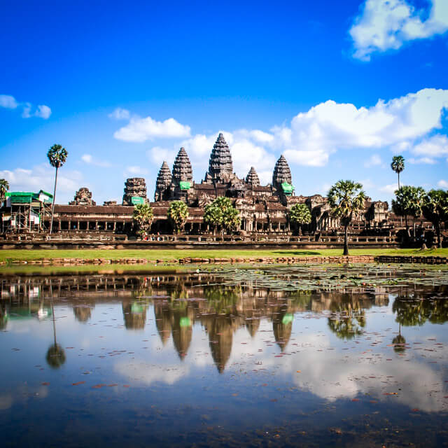 Cambodia: 10 reasons to visit and their local food