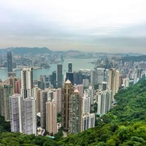 HongKong: 10 reasons to visit and their local food
