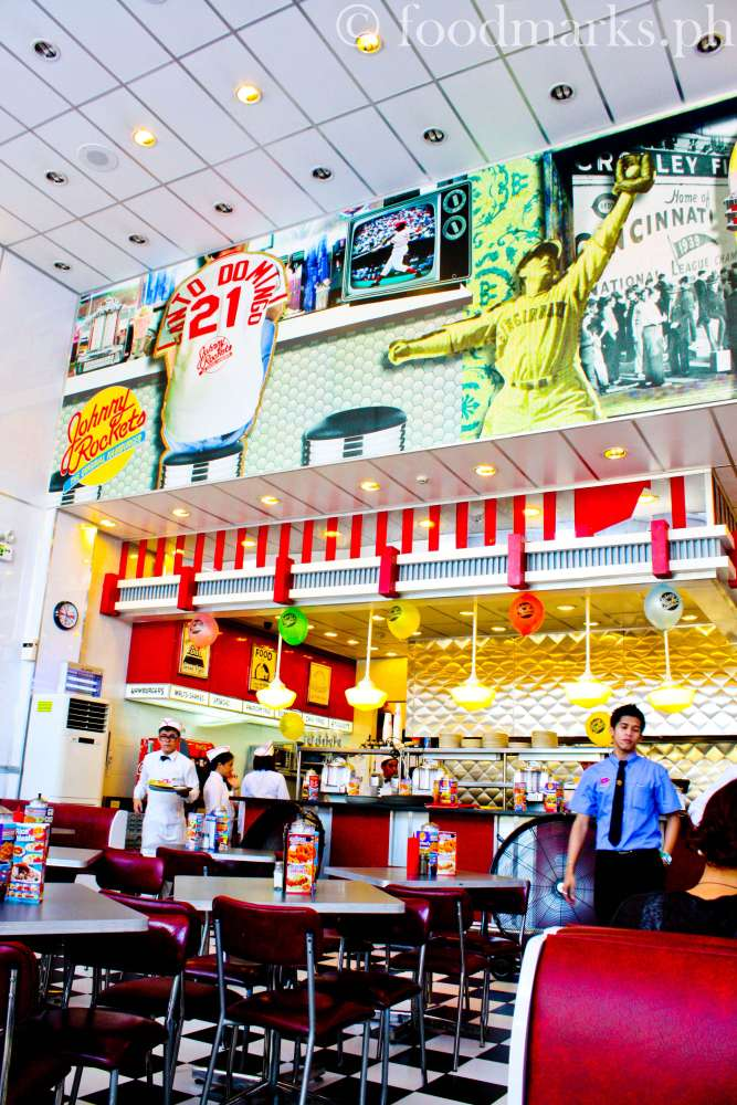 Johnny Rockets: An American Diner Experience (3/6)