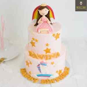 customized cake Birthday Girl on top