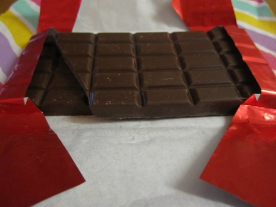 Malagos 65% Dark chocolate Unwrapped - www.foodnerd4life.com