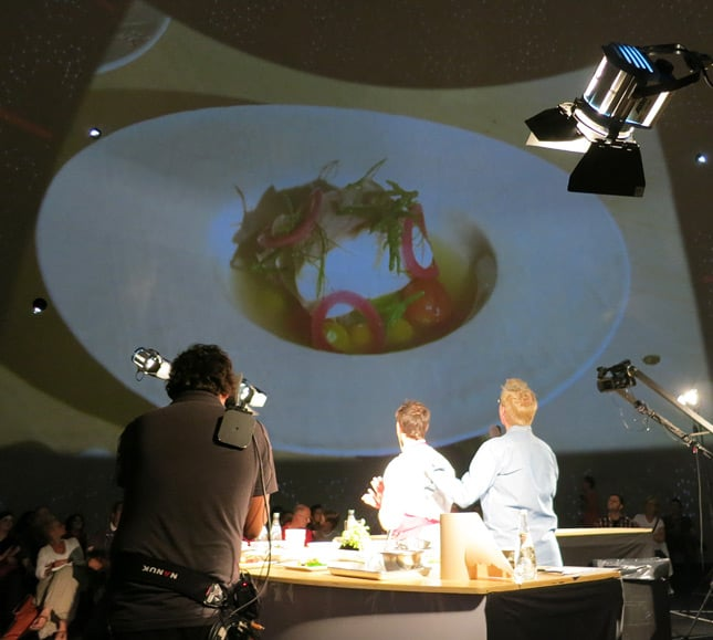 Dishes projected on the Société des arts technologiques' 360-degrees screen at the Omnivore Food Festival, Montreal / FoodNouveau.com