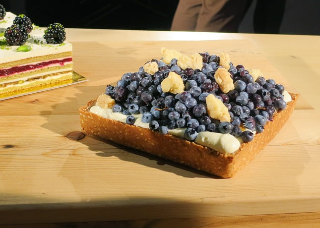 Chef Labelle rounded up her cake line up with a seasonal creation, a fresh blueberry and sweet corn cream pie. At the Omnivore Food Festival, Montreal / FoodNouveau.com