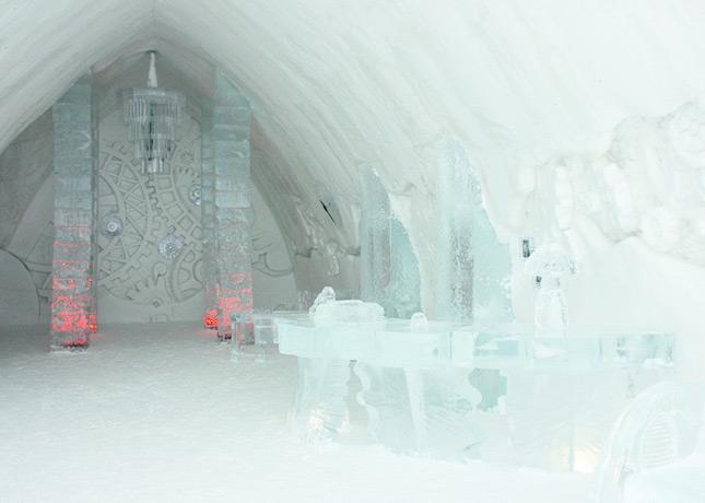 Ice Hotel, Quebec City: The Reception // FoodNouveau.com