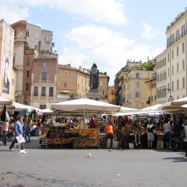 The Campo di Fiori market in Rome // FoodNouveau.com