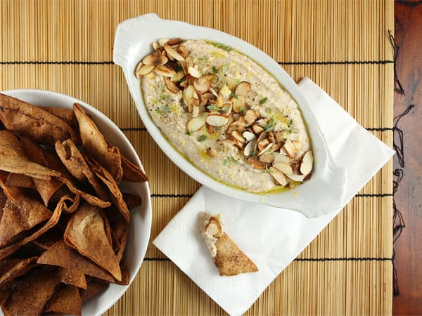 White Bean Spread with Rosemary and Toasted Almonds // FoodNouveau.com