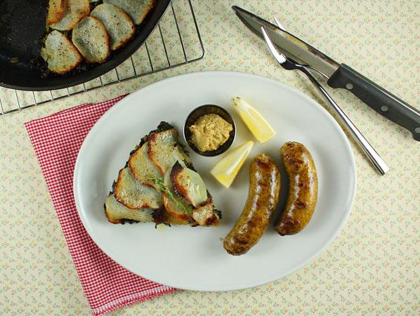 Curried Potato Kale Galette // FoodNouveau.com