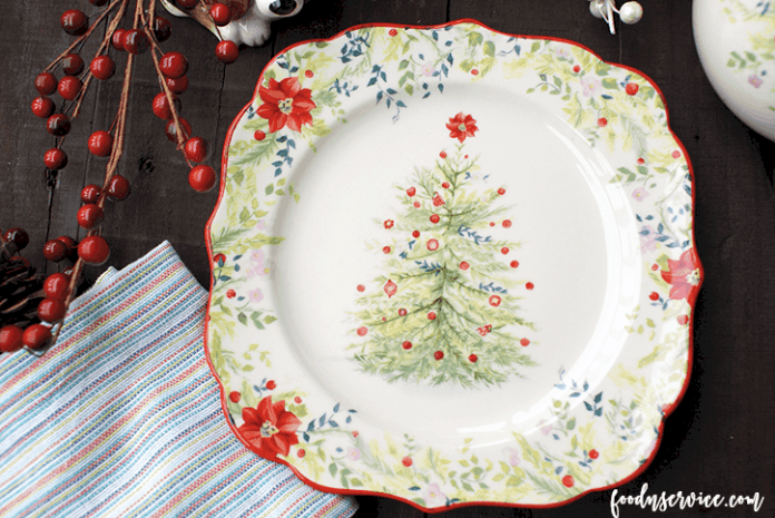 pioneer-woman-holiday-plate-1