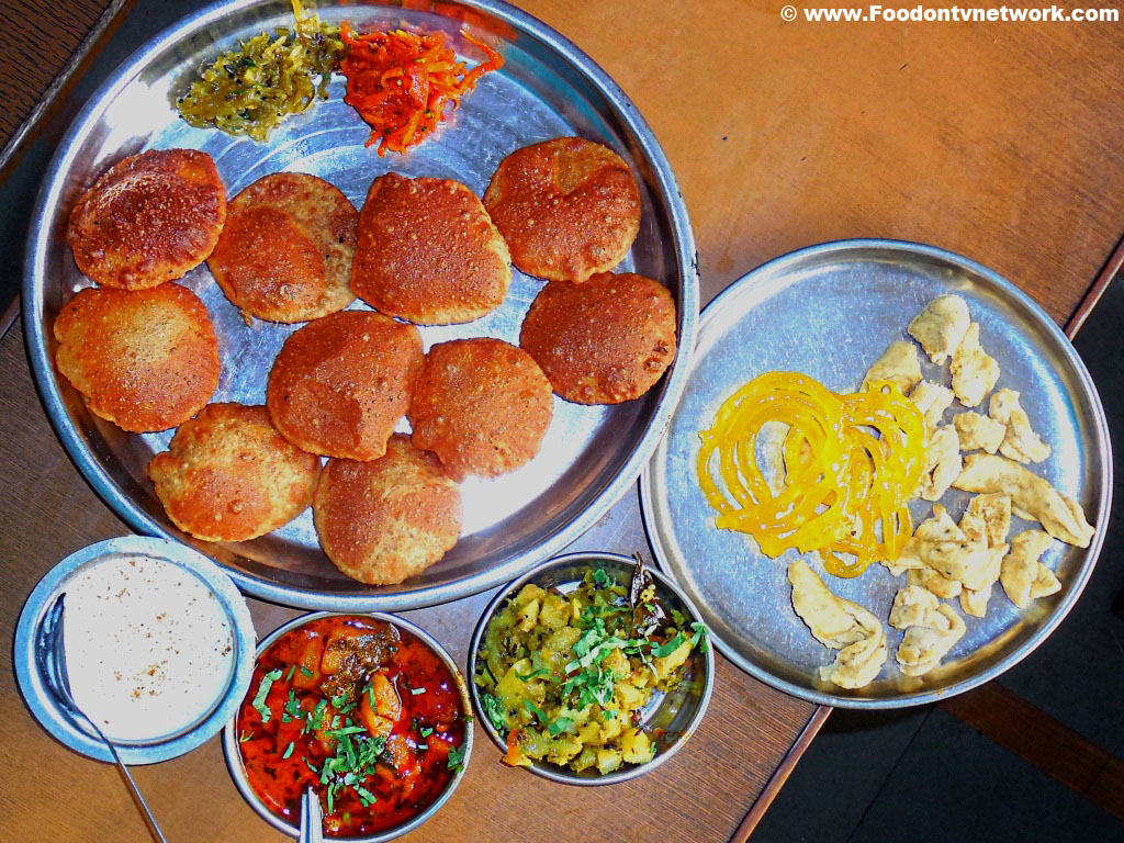 25 Indian Food we can't live without.