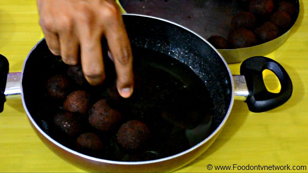 Gulab Jamun Recipe, How to make Gulab Jamun Recipe, Indian Sweet Recipe.
