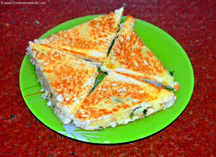 Potato Sandwich Recipe, Aloo Sandwich Recipe, Indian Sandwich Recipe, Simple Potato Sandwich Recipe, Indian Fast Food Recipe.