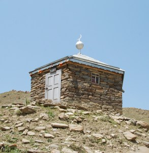 Azerbaijan - Road to Quba - Rük