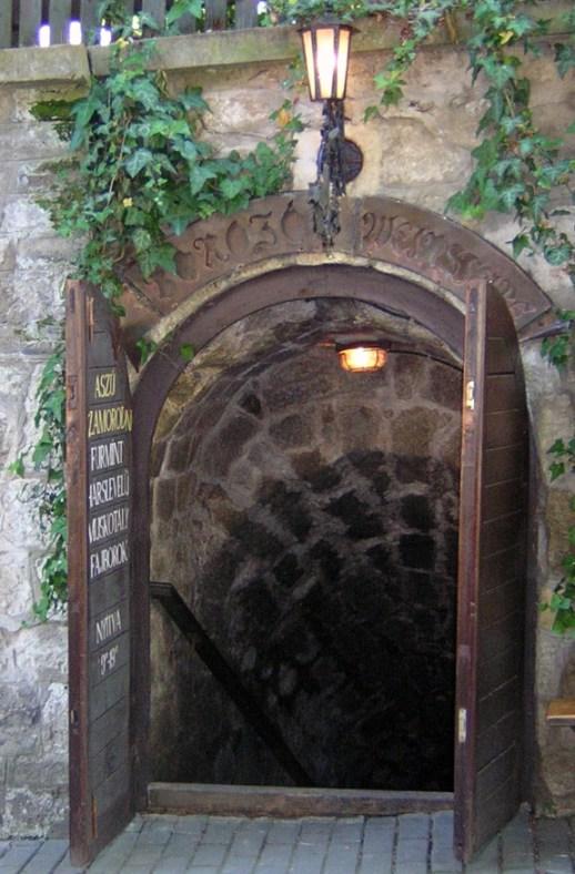 Tokaji Wine - Hétszőlő Aszú 5 Puttonyos 2000