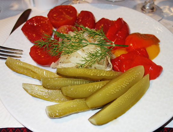 Resto Ukraine - Malossol Vegetable Plate
