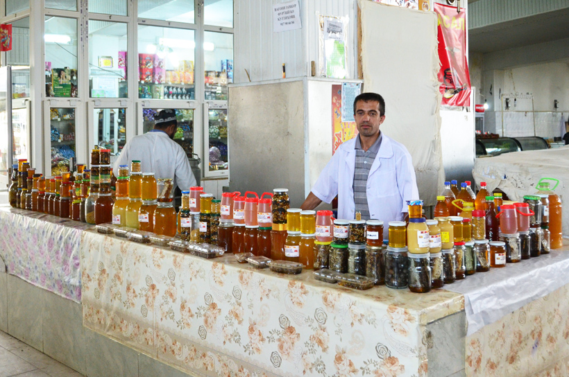 Dushanbe - Shah Mansur Bazaar - Honey