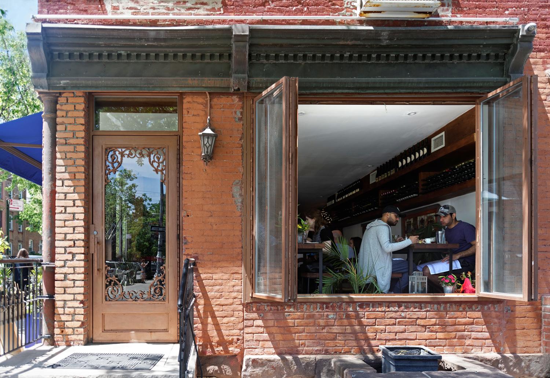 Restaurant Review: Cheeseboat