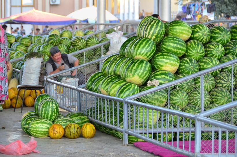 Samarkand - Siyob Bazaar - Watermelons