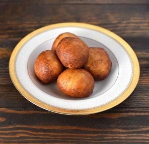Lithuanian Food - Varškės Spurgos