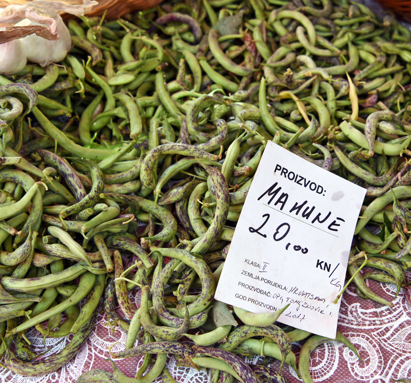 Zagreb - Dolac Market - Green Beans