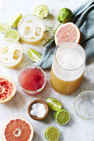 The Perfectly Salty Margarita & Pink Grapefruit Margarita. Cooking with Salt. Recipes, foodstyling, styling & photography by Manja Wachsmuth