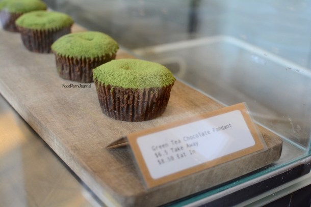 Cre Asion matcha fondant display