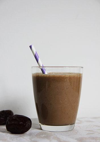 Banaan-dadel-koffie smoothie