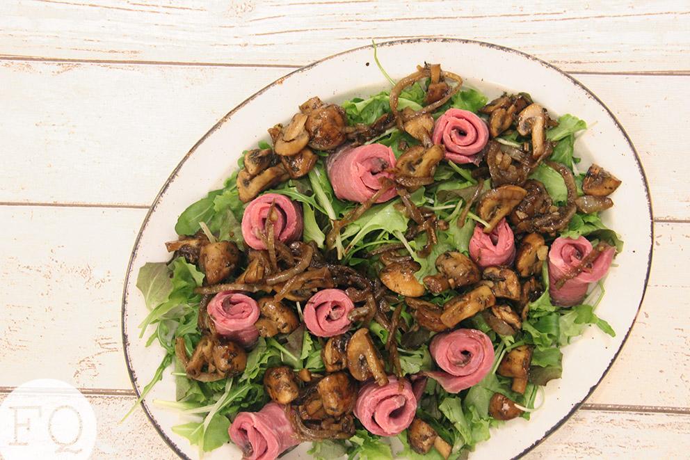 Salade met rosbief en balsamico-champignons