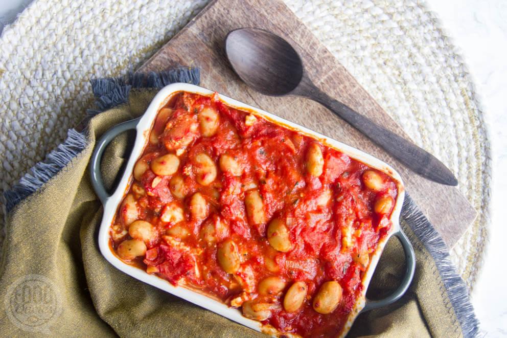 Limabonen met feta in tomatensaus