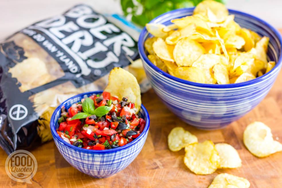 Tomatensalsa, heerlijke dip bij chips