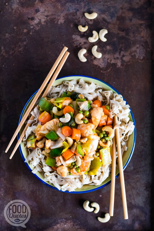 Zoet-zure groenten met noodles